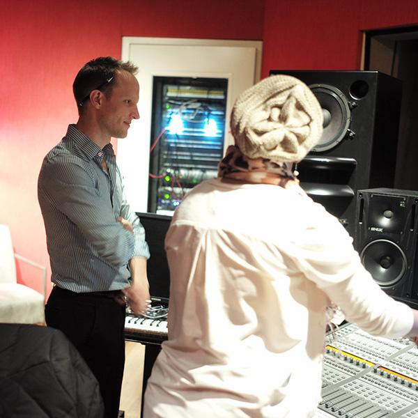 Aron Composing